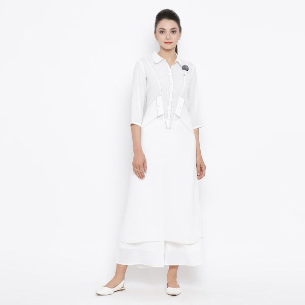Buy White Kurta With Contrast Thread & Side Pocket Work Wear Women